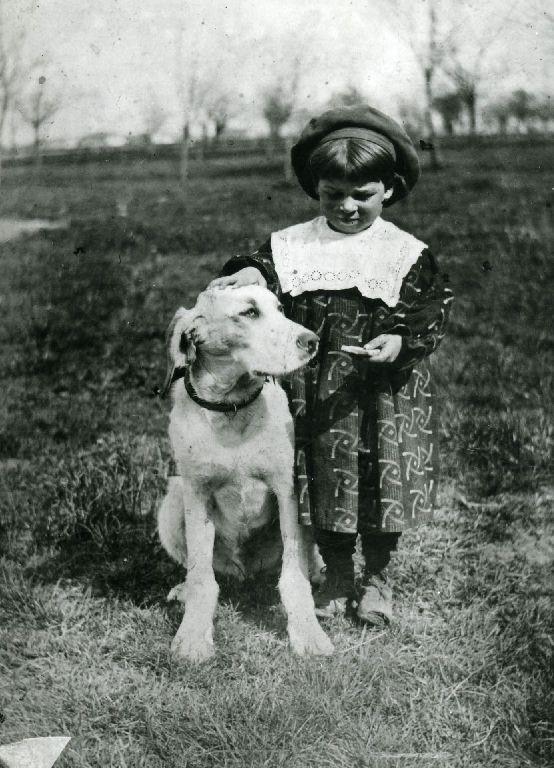 Ritratto di una fanciulletta con cane
