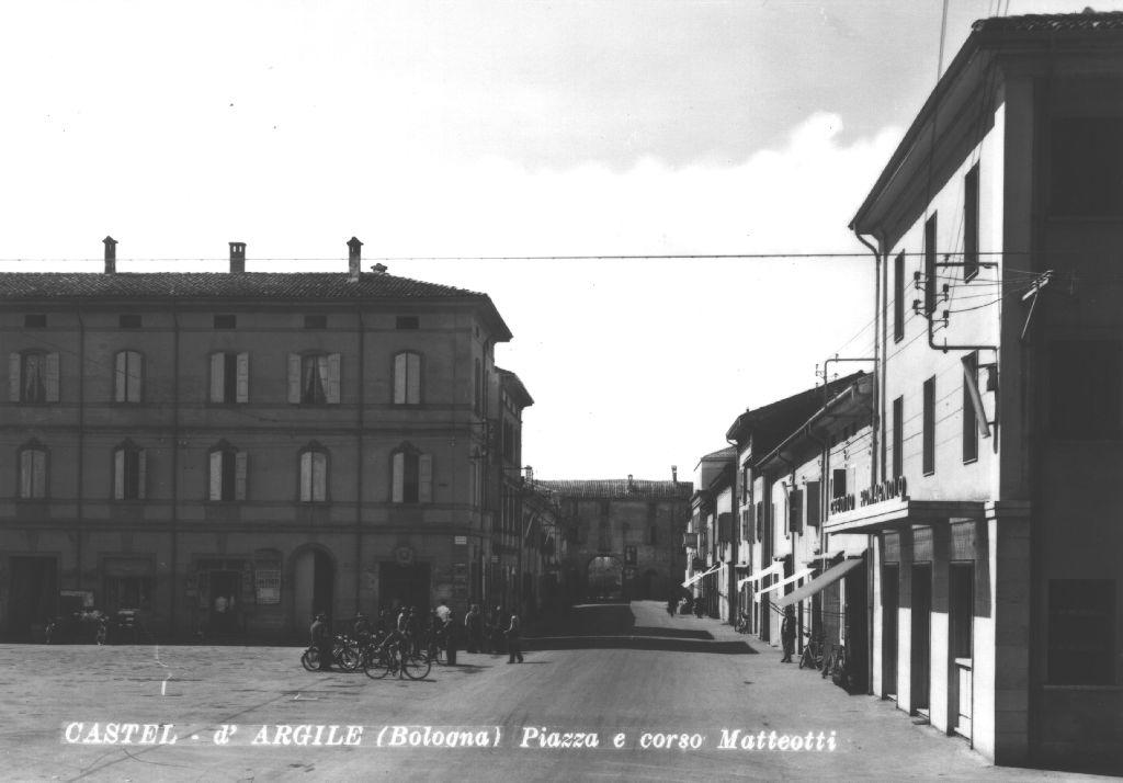 Piazza e Corso Matteotti di Castello d'Argile