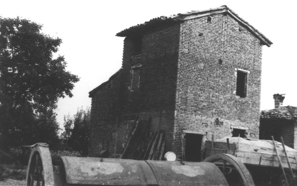 Casa colonica di Castello d'Argile