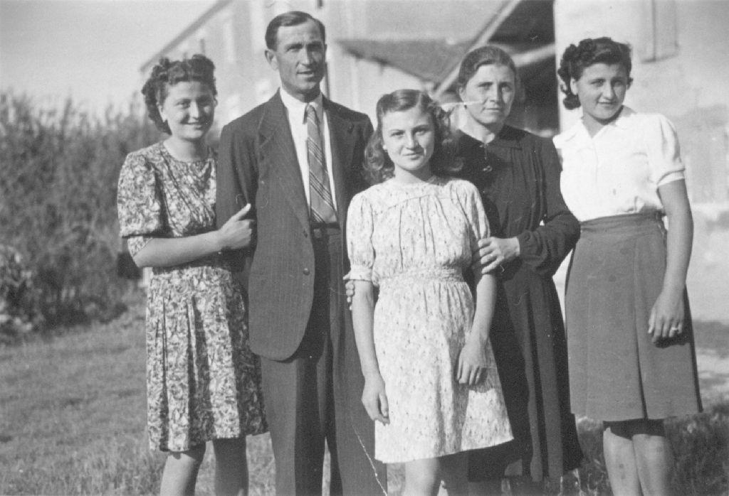 Ritratto della famiglia di Cevolani Anna