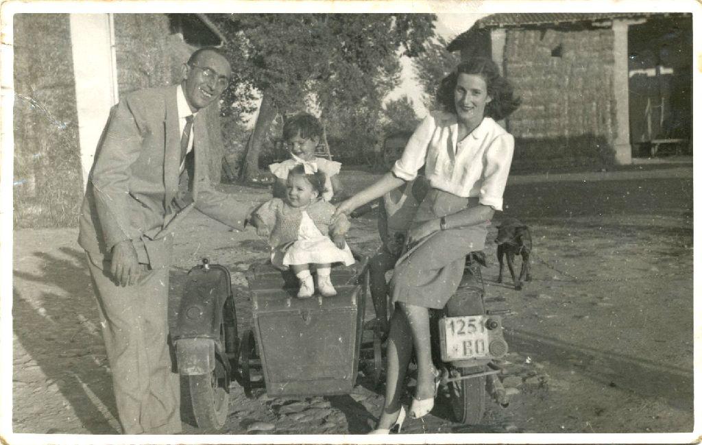 Rosanna, amica della famiglia Musiani, sfollata da Bologna nel 1941, insieme alle figlie e al marito