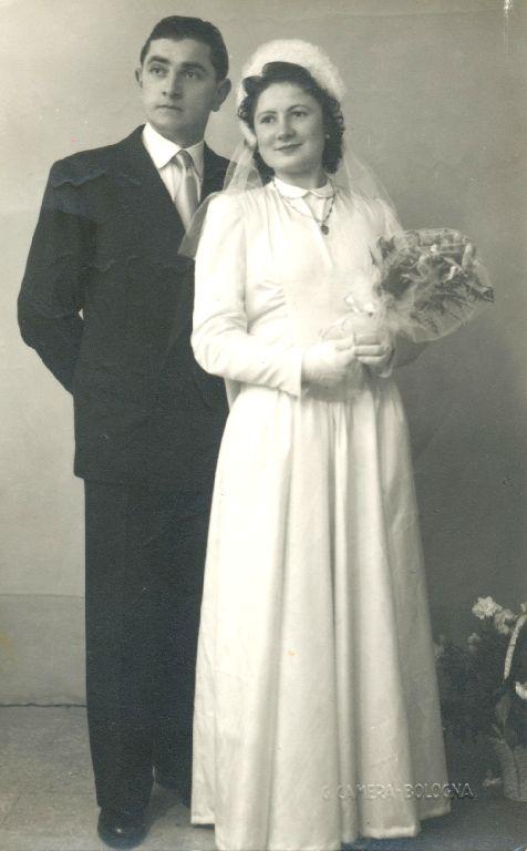 Foto ricordo del matrimonio tra Orianna Musiani di Calderara di Reno e Paolino Pinghini di Bologna, 9.01.1949 Granarolo dell'Emilia