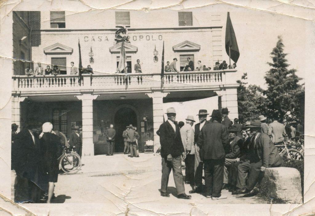 La Casa del Popolo di Granarolo dell'Emilia, ora sede del Comune.