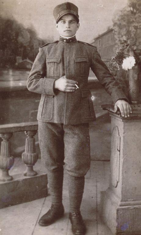 Ritratto in abito militare di Armando Trombetti, Granarolo dell'Emilia 1927